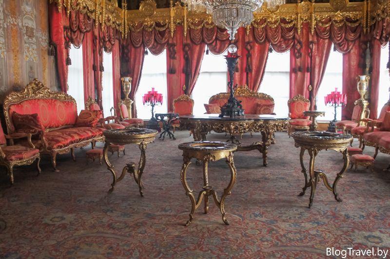 Дворец Долмабахче фото