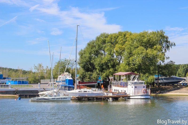 Яхт клуб на Минском море