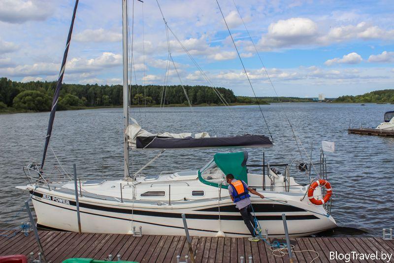 Прокат яхт на Минском море