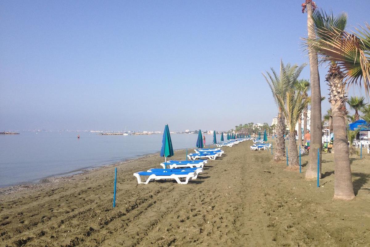 Пляжи Ларнаки