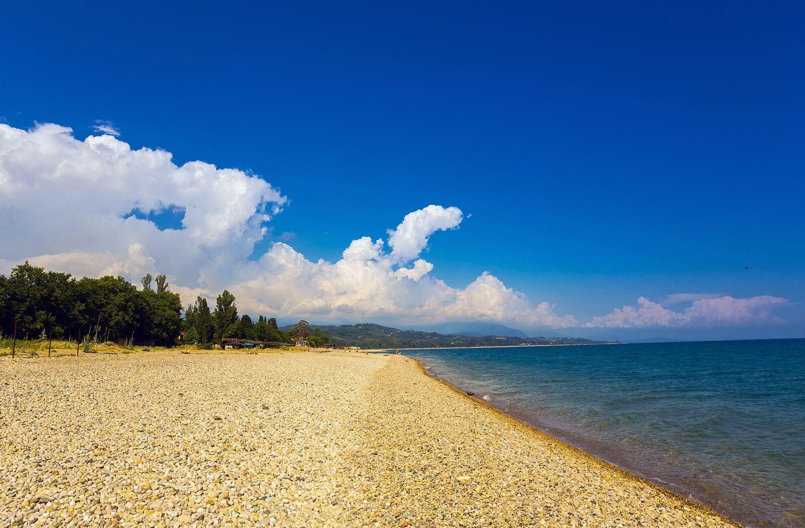 Пляжи Абхазии